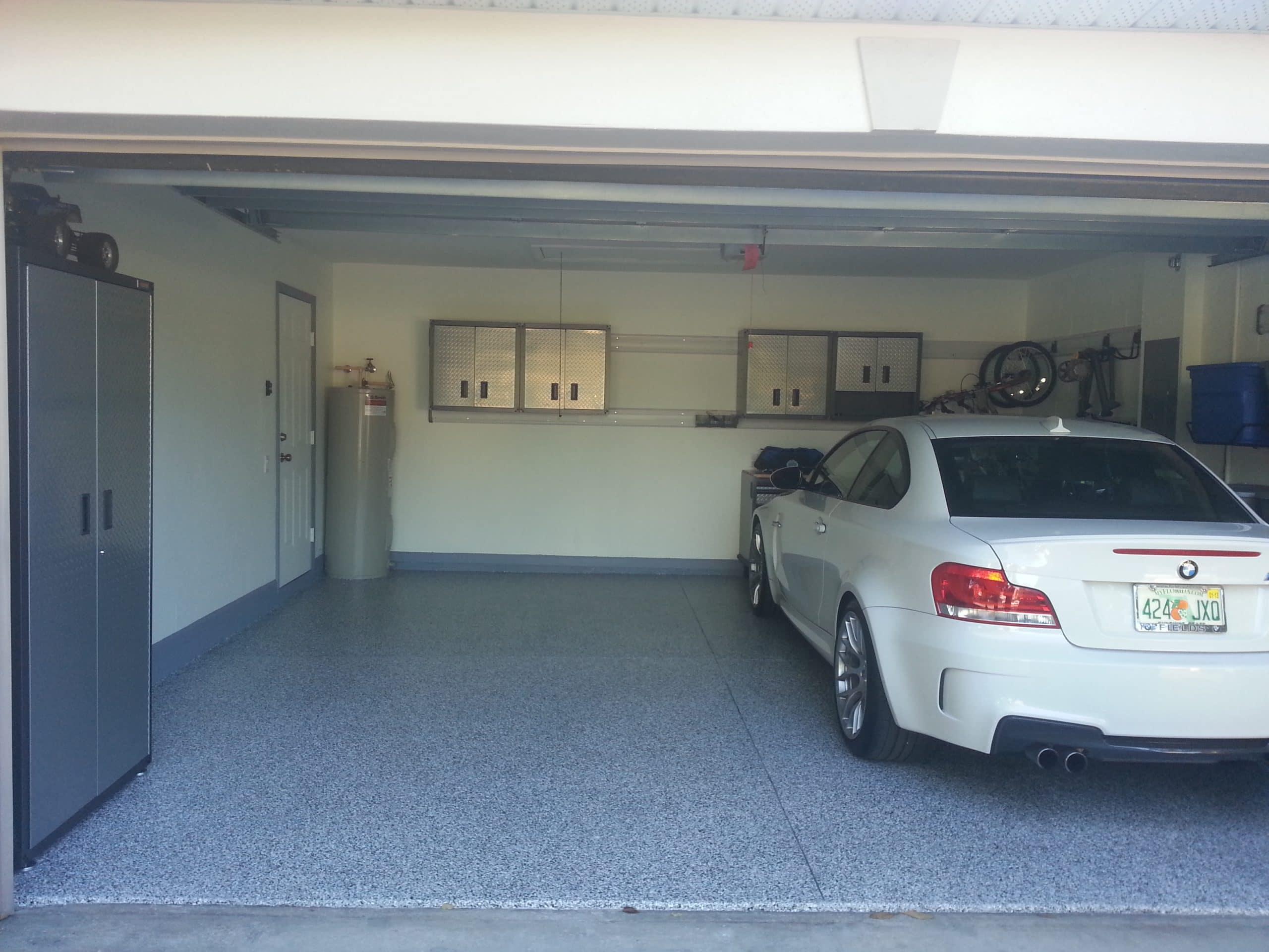 Read more about the article Different Types of Garage Doors