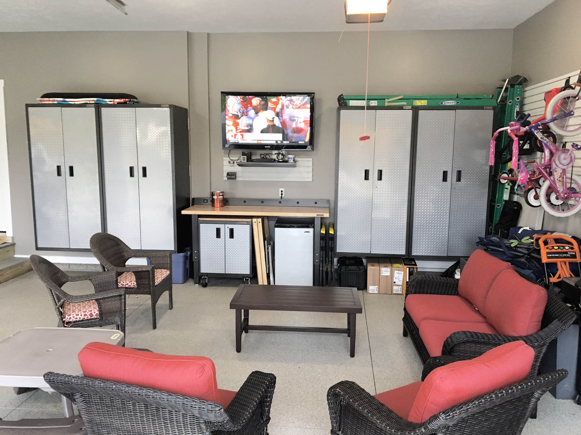 You are currently viewing Create the Illusion of a Livable Space in Your Garage