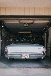 Read more about the article Parking in a Narrow Garage