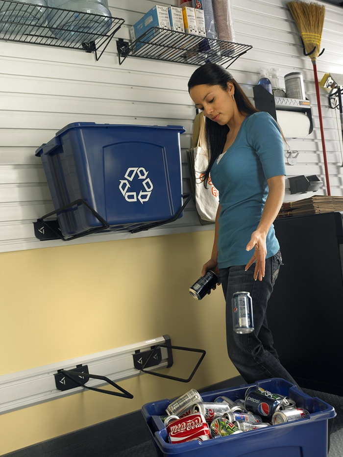 Read more about the article Turn Your Garage into a Recycling Center